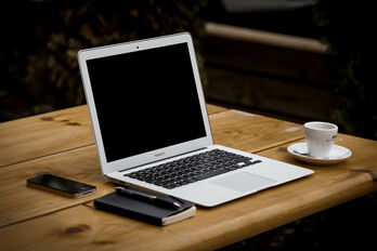 laptop-336369_1920_R