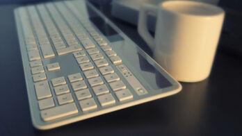 keyboard-561124_1920_R